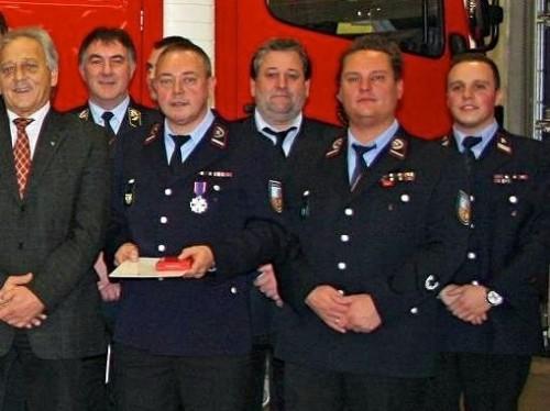 Feuerwehr-Ehrenkreuz in Silber für Peter Nashan