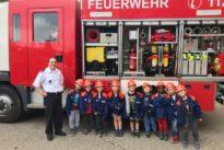 Kindergarten Höchen besuchte Feuerwehr